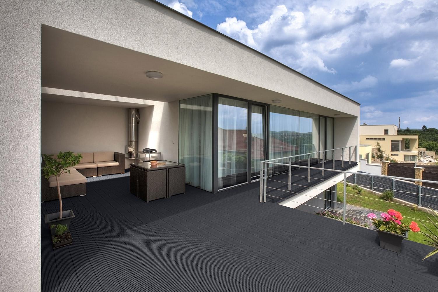 WPC Terrassendielen Anthrazit 44m² (2,20 M