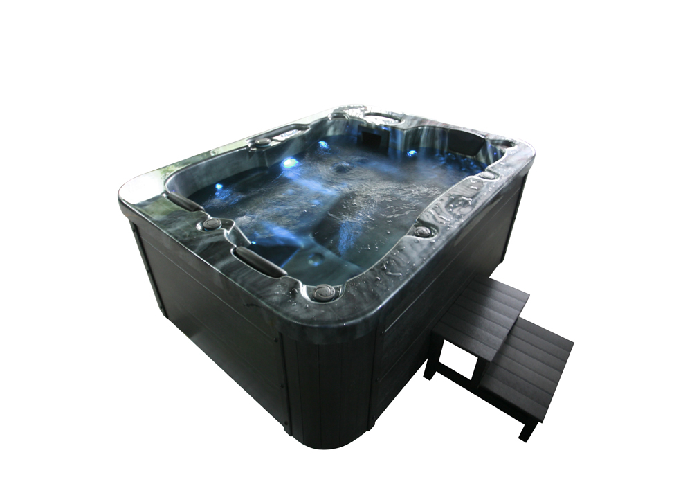 Outdoor Whirlpool Black Marble plus Treppe und Thermoabdeckung