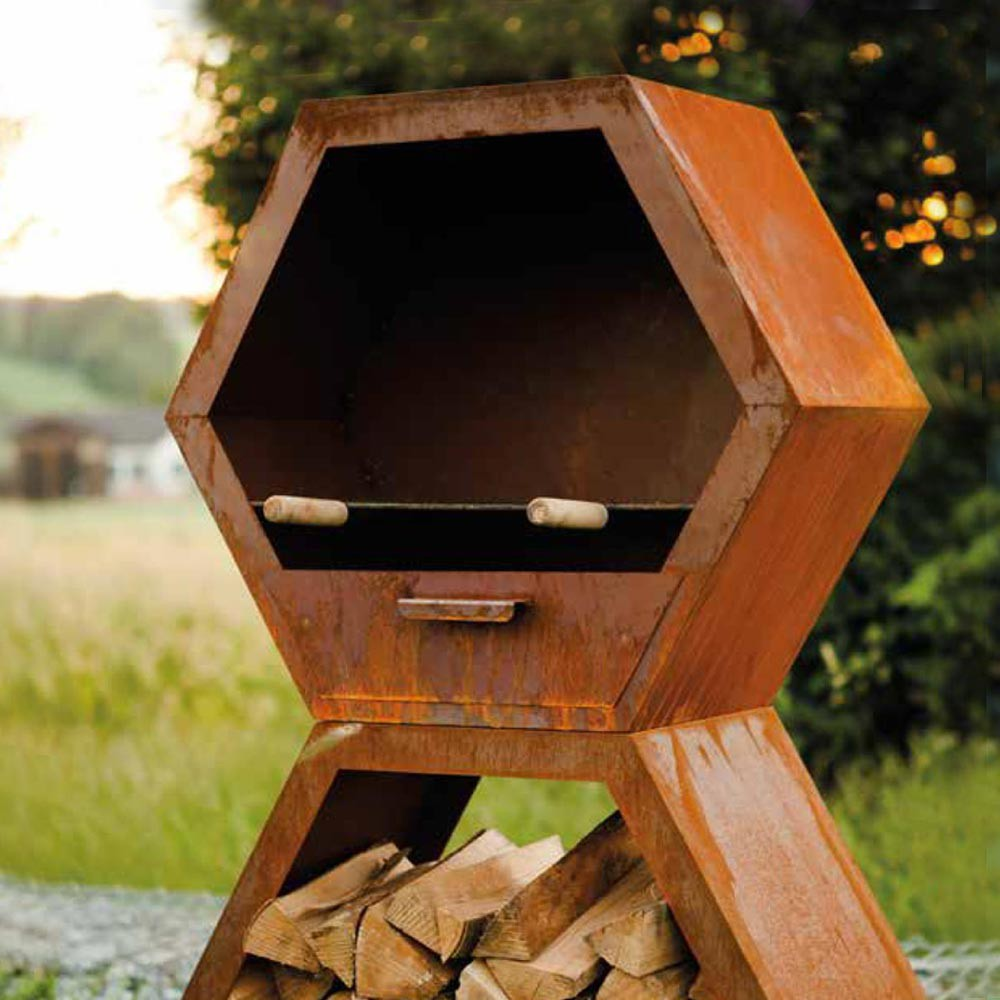 Rost kaminofen hexagon grill for Rost dekoration garten